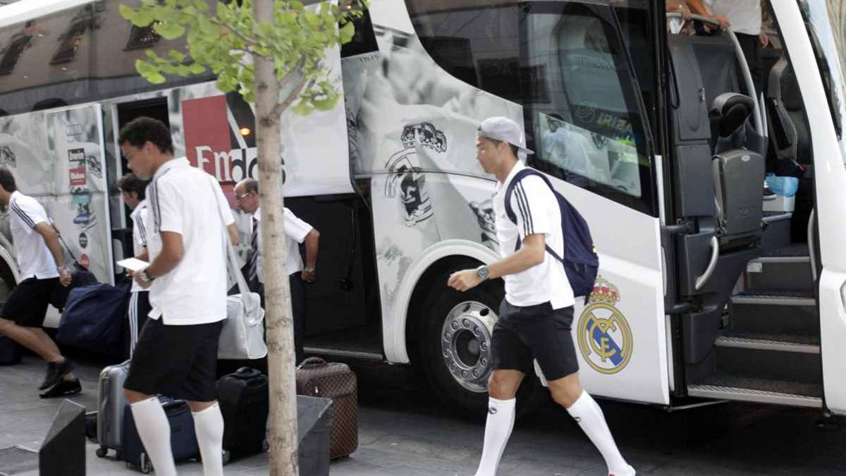 Real Madrid's team bus will be escorted to the stadium by police