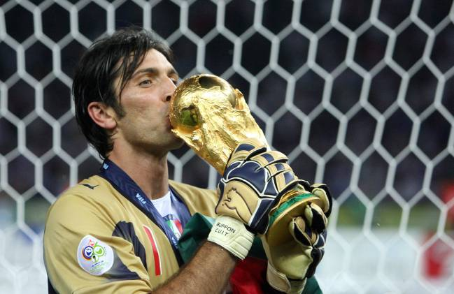 Resultado de imagen de buffon con italia copa del mundo | fuente: Italia