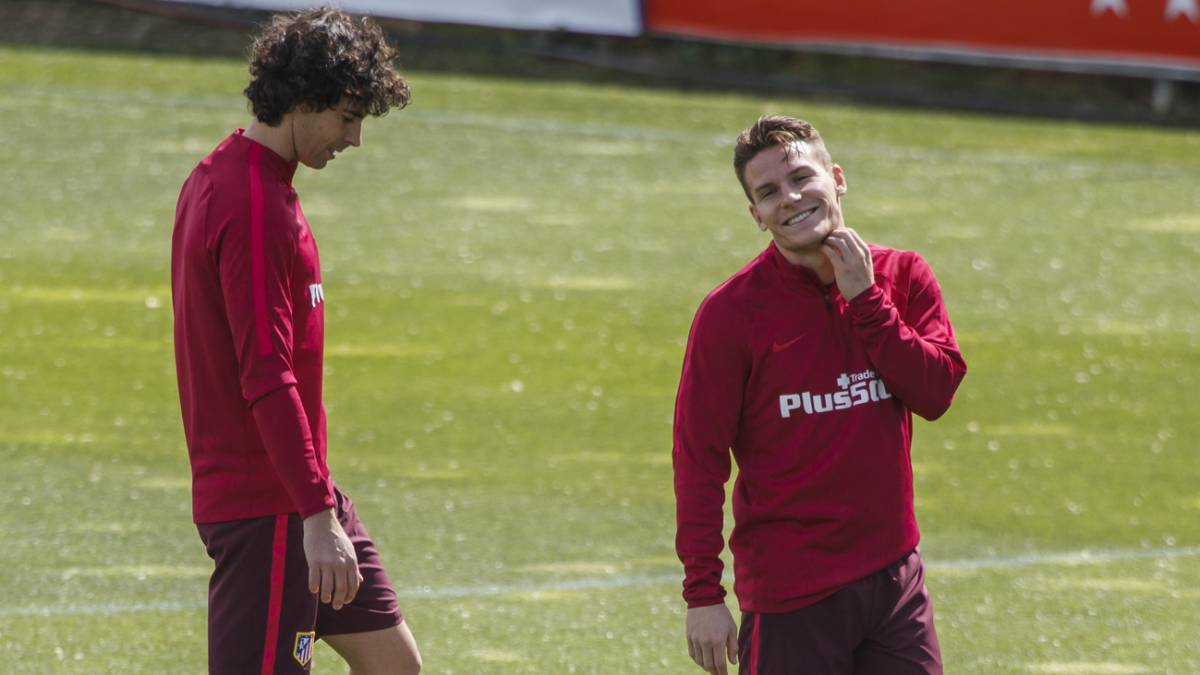 Moyà and Gameiro given green light to make Leicester trip