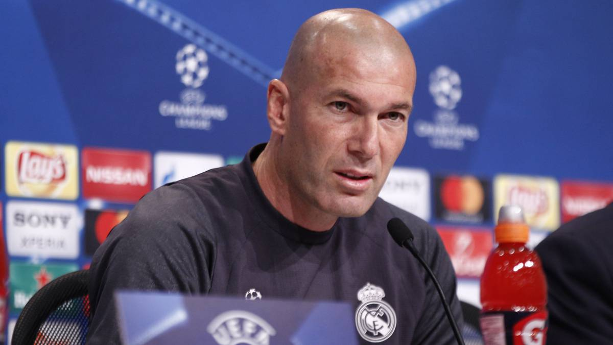 "Zidane: ""I've decided who will replace Bale, but I can't reveal any more"""