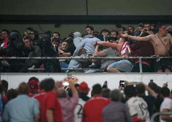 Police charge at Bayern Munich fans
