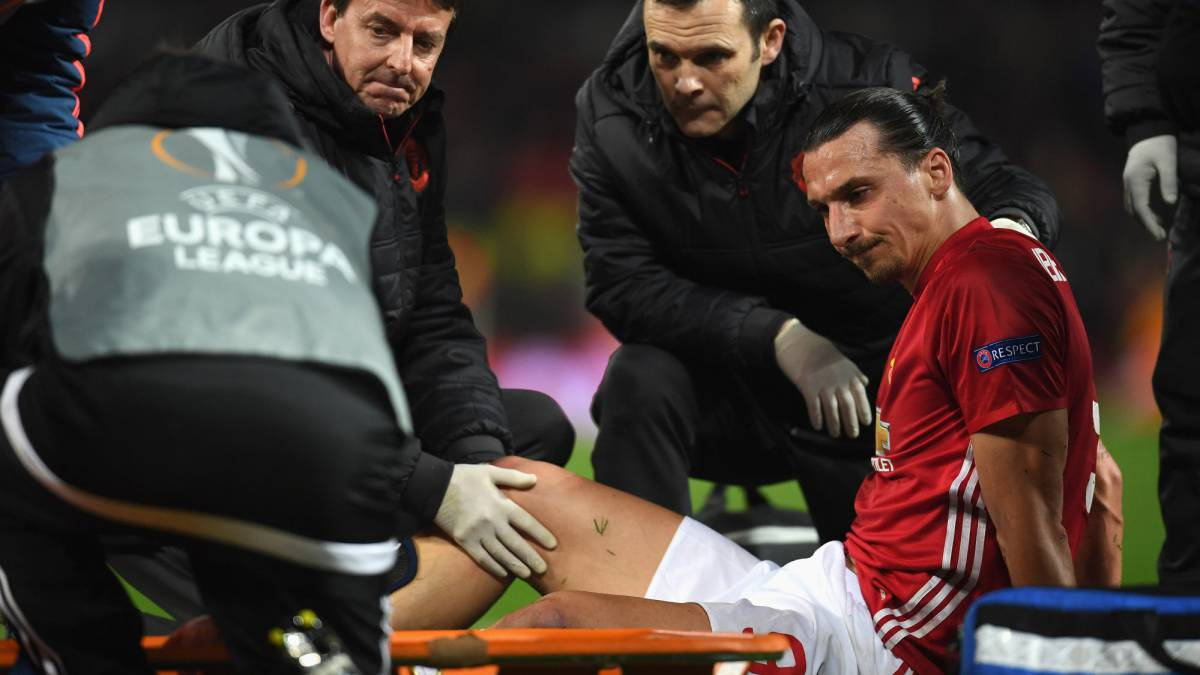 Zlatan Ibrahimovic could be out of action for nine months