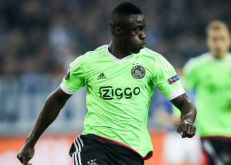 Barcelona eye up Ajax central defender Davinson Sánchez
