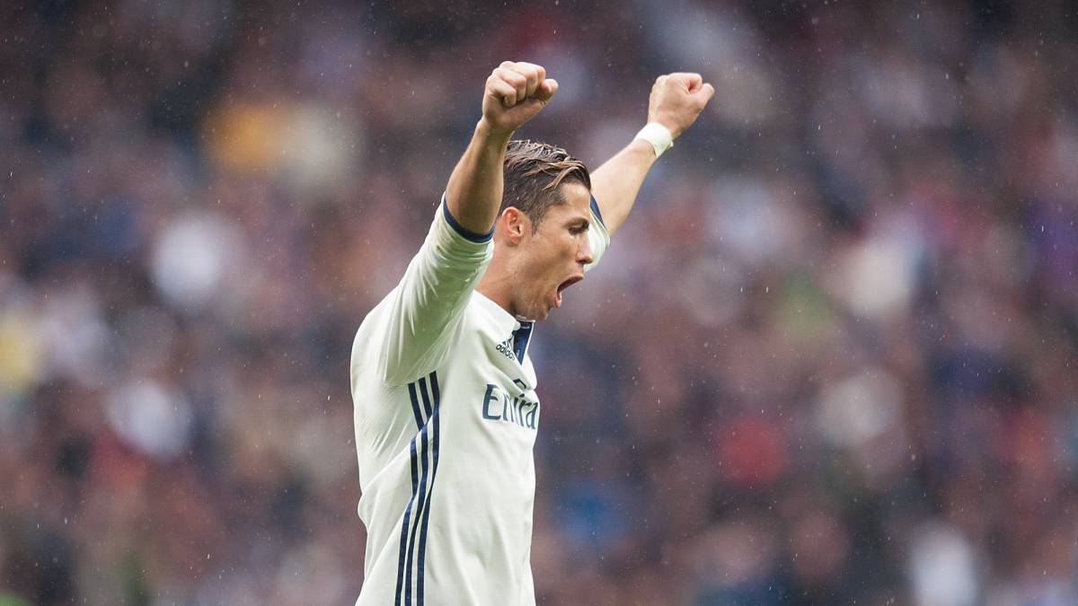 Cristiano overtakes Jimmy Greaves' 46-year-old record