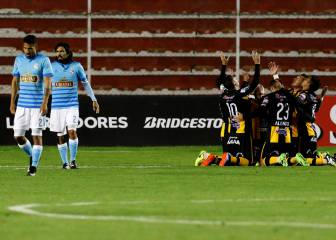 The Strongest golea sin piedad a Sporting Cristal