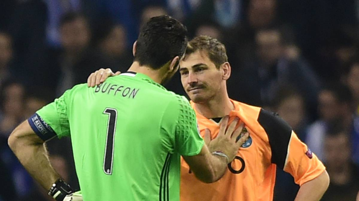 Buffon y Casillas.