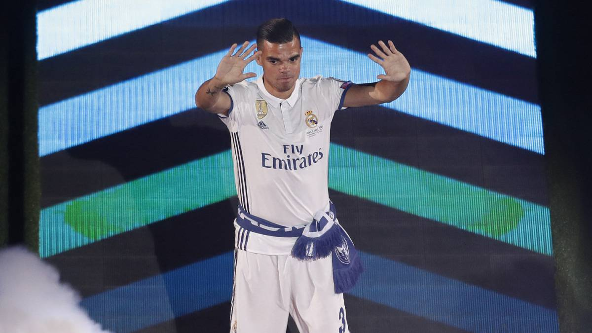 "Pepe says farewell to Real Madrid fans with an open letter: ""The day has arrived..."""