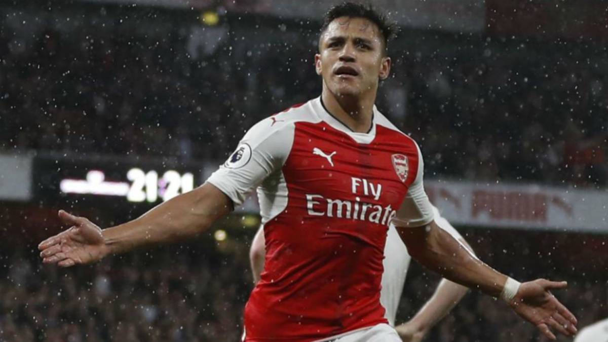 Bayern Munich entice Arsenal's Alexis with 25M euro salary