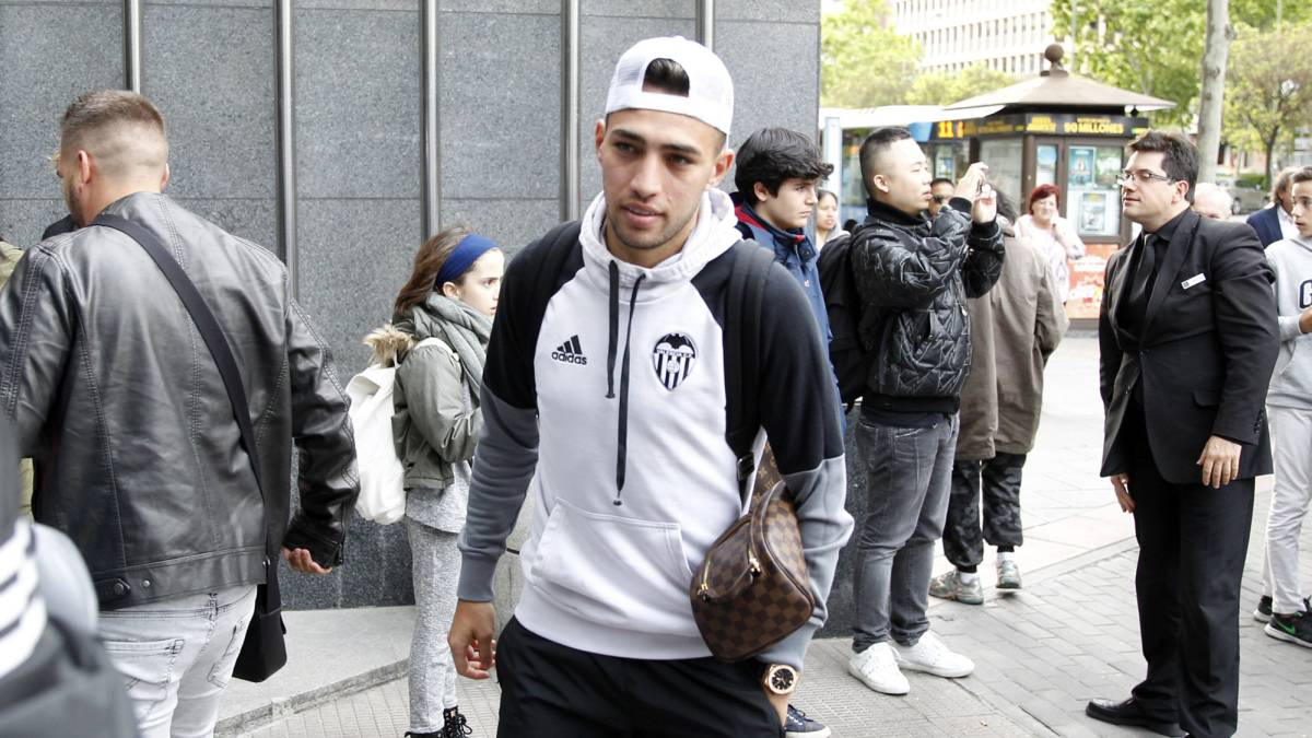 Zenit: Barcelona reportedly set to sell Munir El Haddadi to Russians