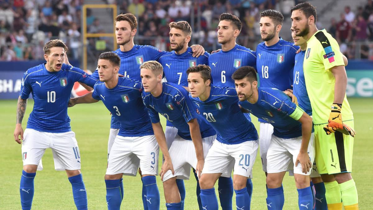 Italy starting eleven before the UEFA European Under-21 Soccer Championship group C match between Germany and Italy in Krakow, Poland, 24 June 2017.