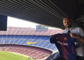 Barcelona's 'fake' signing of ex-Liverpool player McLaughlin