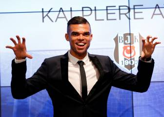 Pepe unveiled by Besiktas