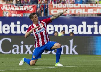 Torres to wear Atletico Madrid shirt for one more season