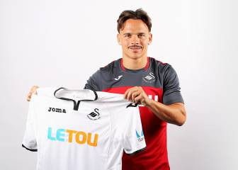 Roque Mesa completes 12.5m-euro Swansea City move