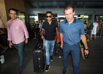 Luis Muriel arrives in Seville to complete record move