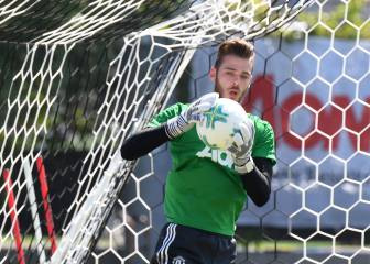 United ready themselves for De Gea bid, pick his replacement
