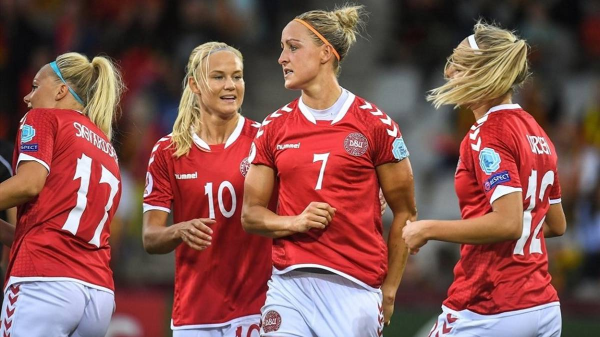 Troelsgaard tras marcar el gol con Dinamarca.