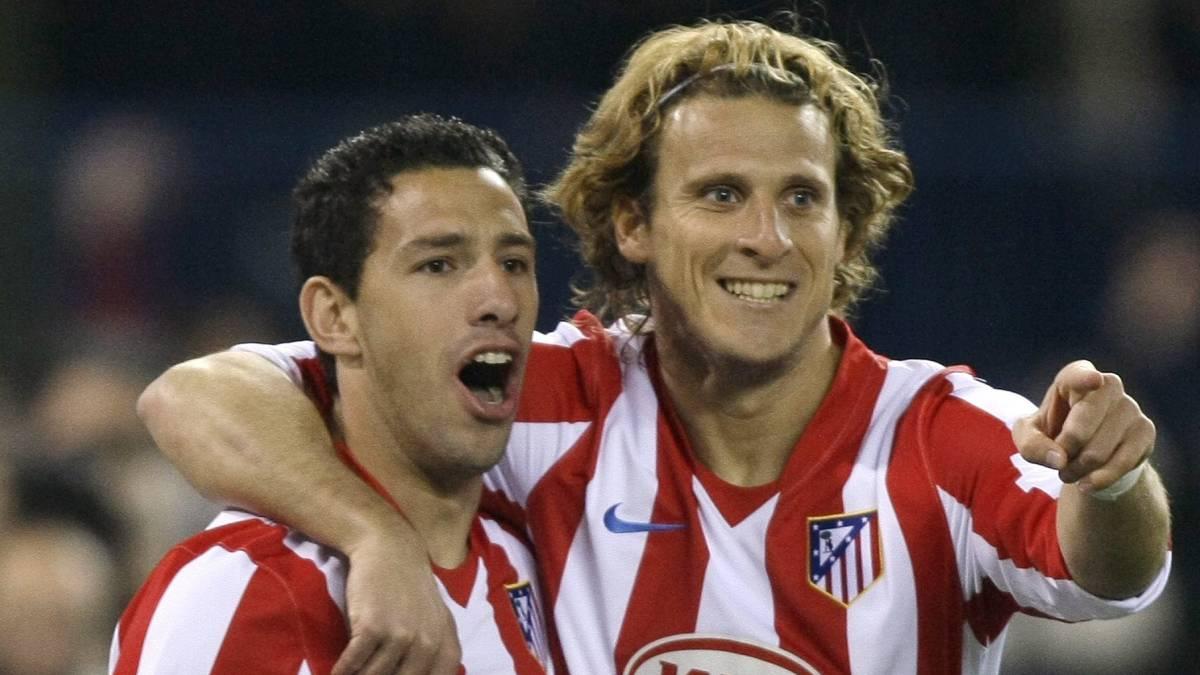Maxi Rodríguez y Forlán siguen dando guerra en el fútbol - AS.com