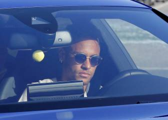 Neymar to ask Fifa to approve provisional transfer to PSG