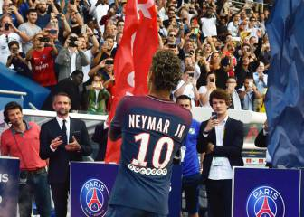 Pastore explains why he ceded his No.10 shirt to Neymar