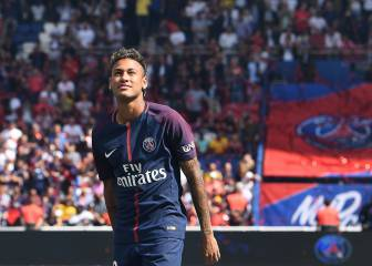 Neymar in line for PSG debut at Guingamp after Barça receive €222m