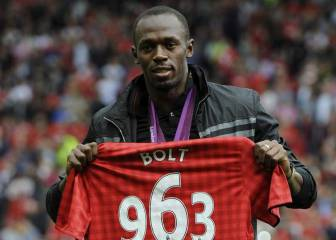 Bolt to play for Man United in legends game against Barça