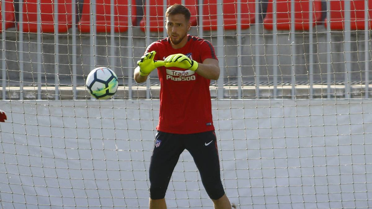 "Oblak: ""I'll stay at Atlético one more year; after that who knows"""