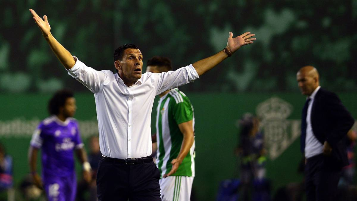 Poyet dice adiós a China
