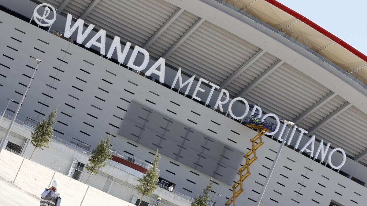 Atl tico de madrid las puertas del nuevo estadio se for Puertas wanda metropolitano