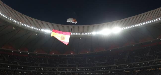 El rey felipe vi inaugur el estadio wanda metropolitano for Puertas wanda metropolitano