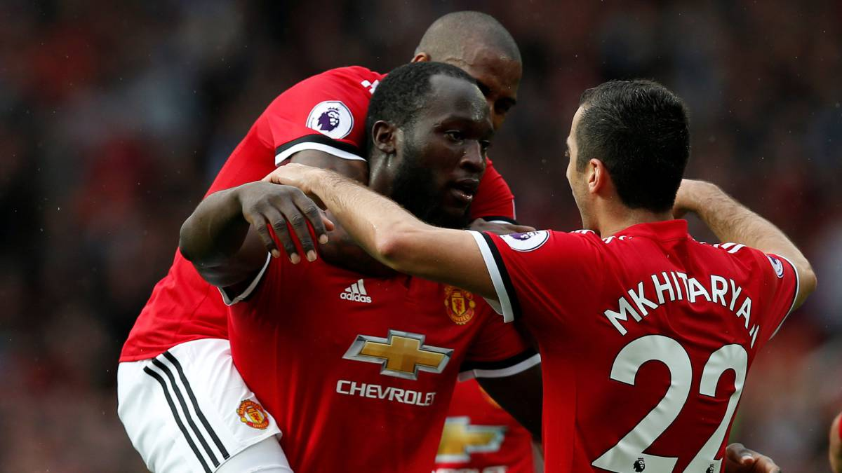 Manchester United sigue imparable y humilla al Everton