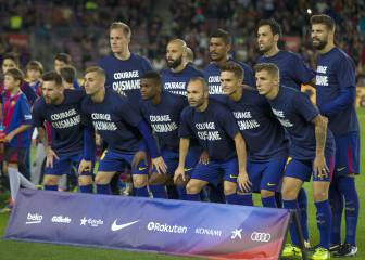 Barça players wear message of support for injured Dembélé