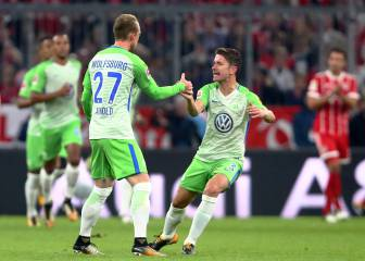Bayern caught sleeping as Wolfsburg break poor run