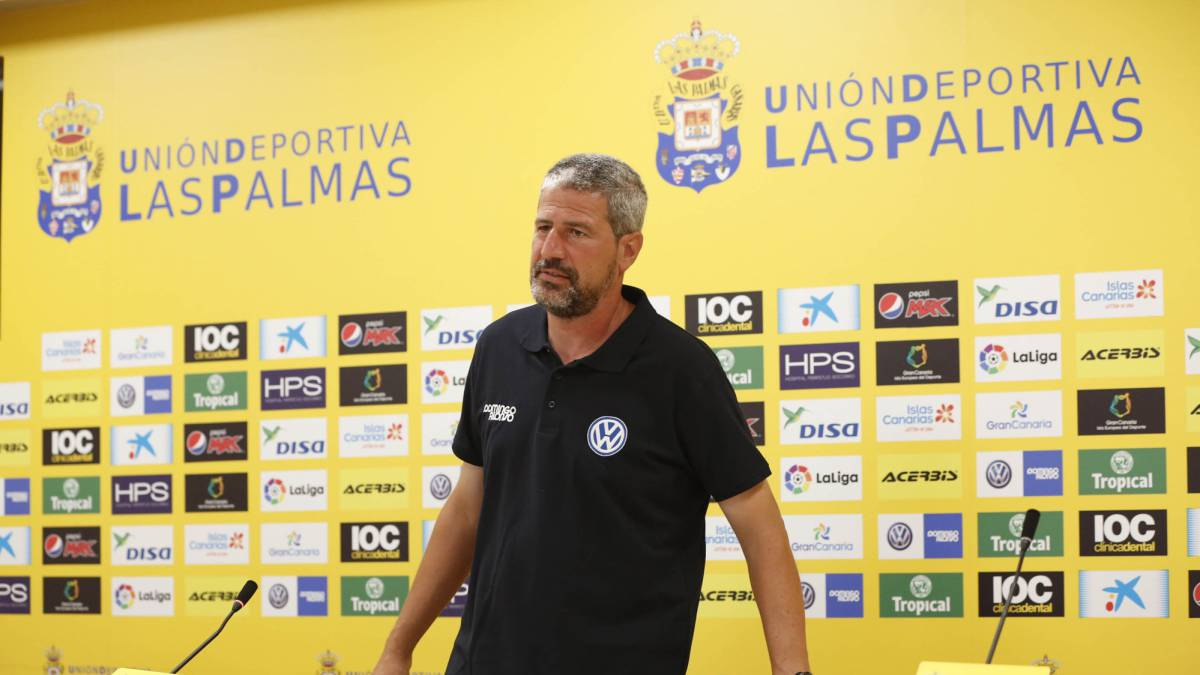 Manolo Márquez resigns as Las Palmas coach