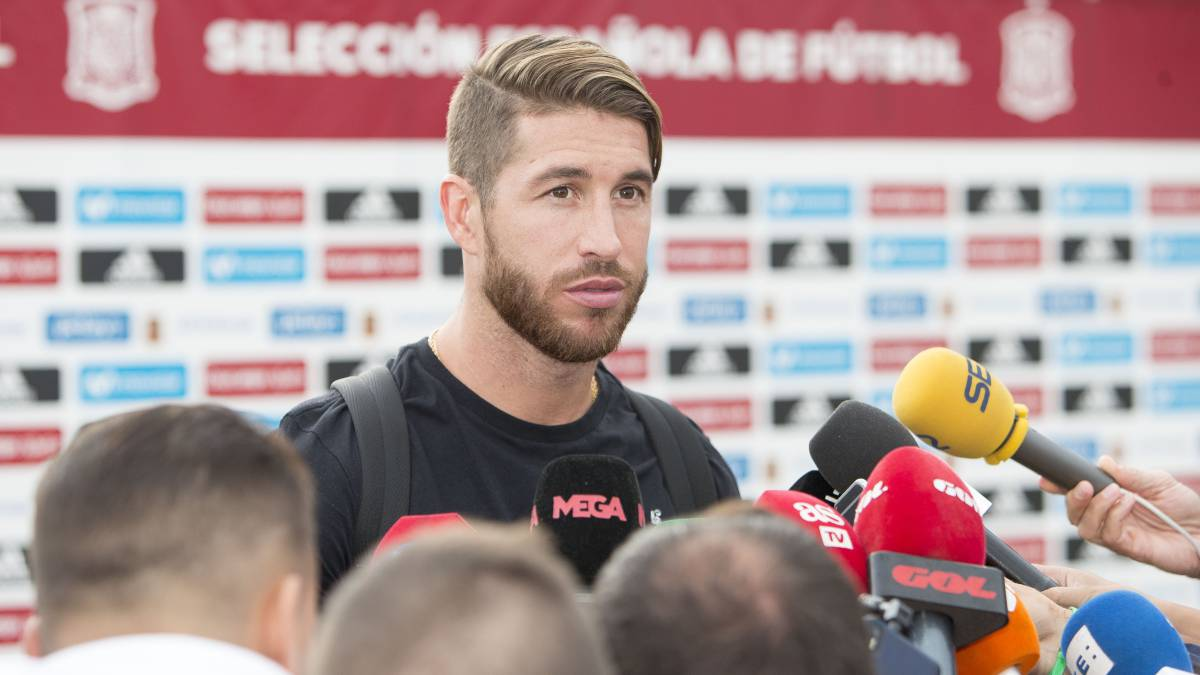 Sergio Ramos questions Gerard Piqué tweet on Catalonia