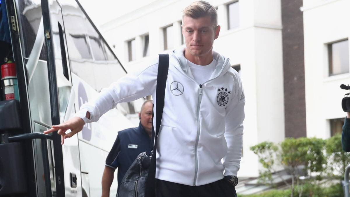 Kroos: Germany release Real Madrid man over rib complaint