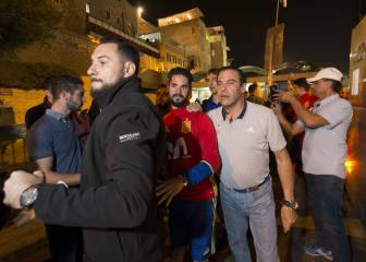 Spain squad's visit to the Western Wall ends in chaos