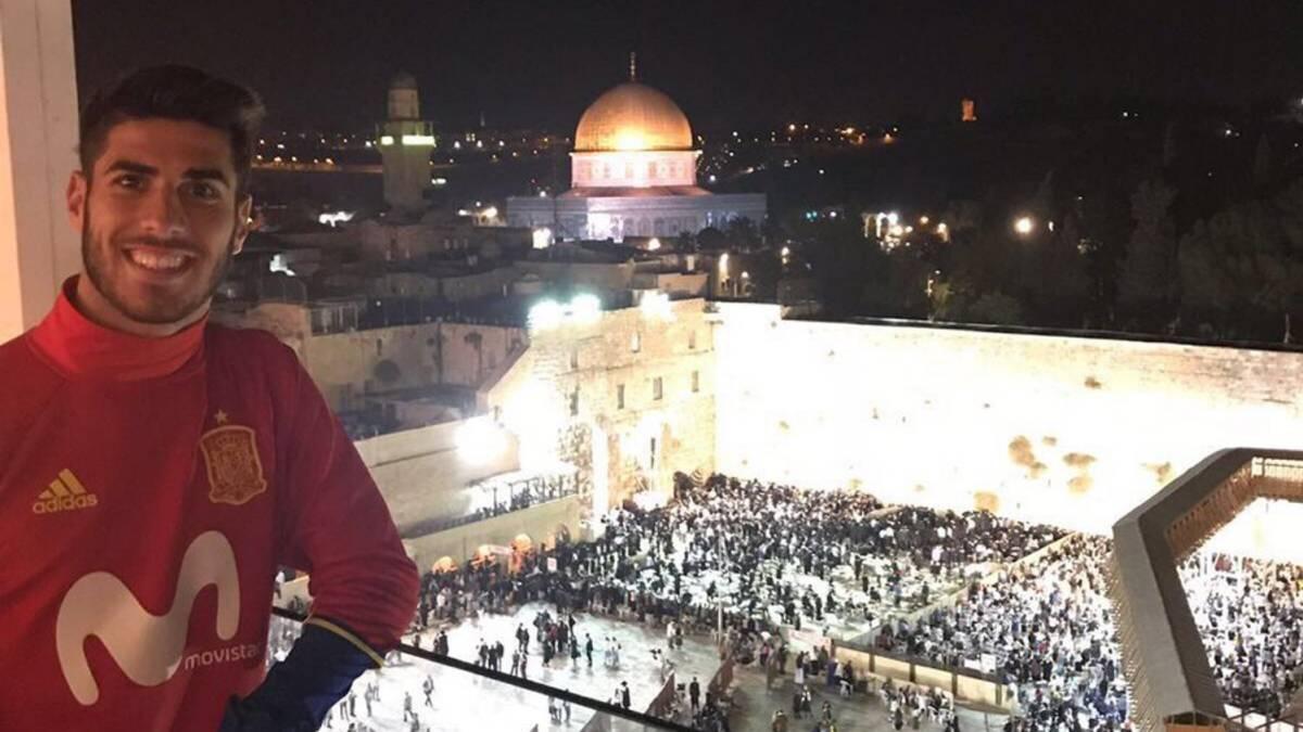 Asensio agita las redes con un polémico tuit desde Jerusalén
