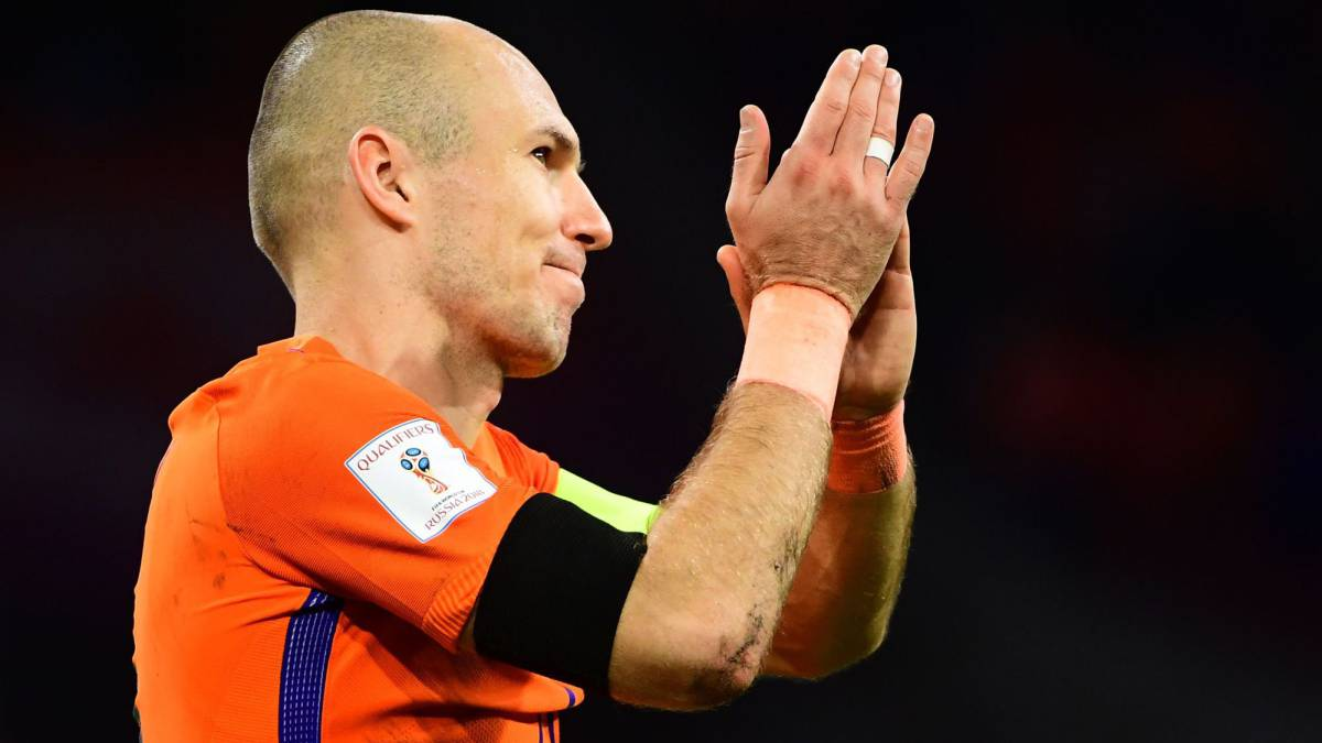 Robben retires from Netherlands duty as Dutch miss out on Russia