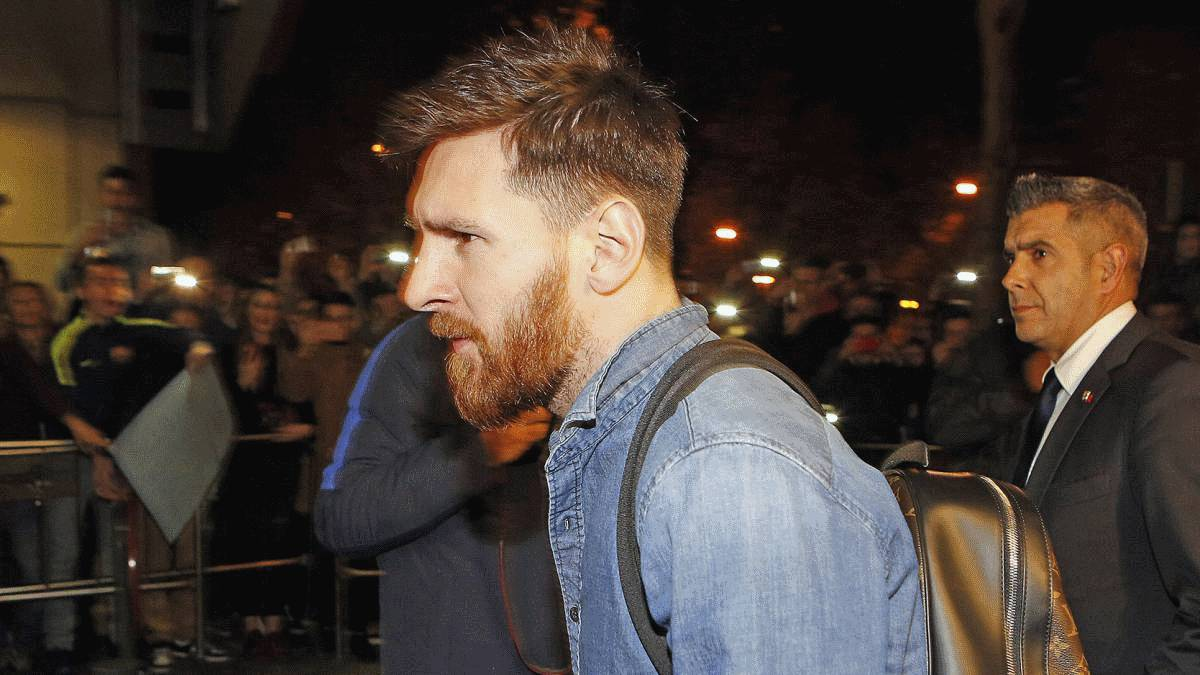 Messi lands in Barcelona after heroics for Argentina