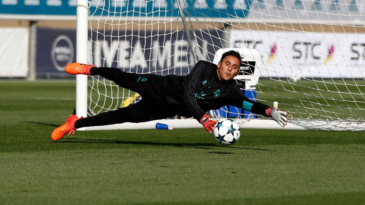 Keylor Navas: Real Madrid man ruled out after injury flares up