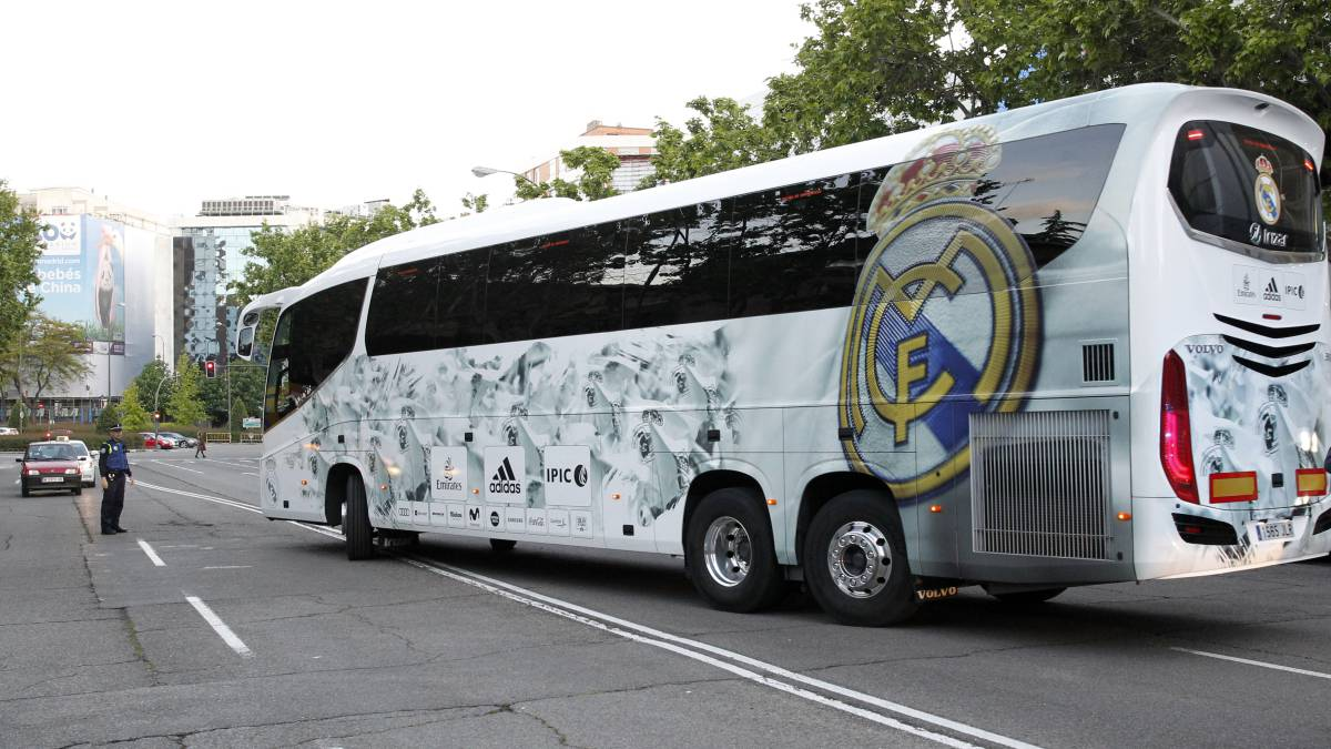 Real Madrid opt not to use official bus for Girona away game