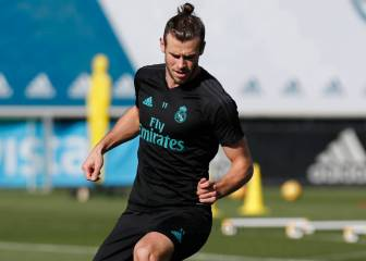 Bale steps up injury recovery on the field with the ball