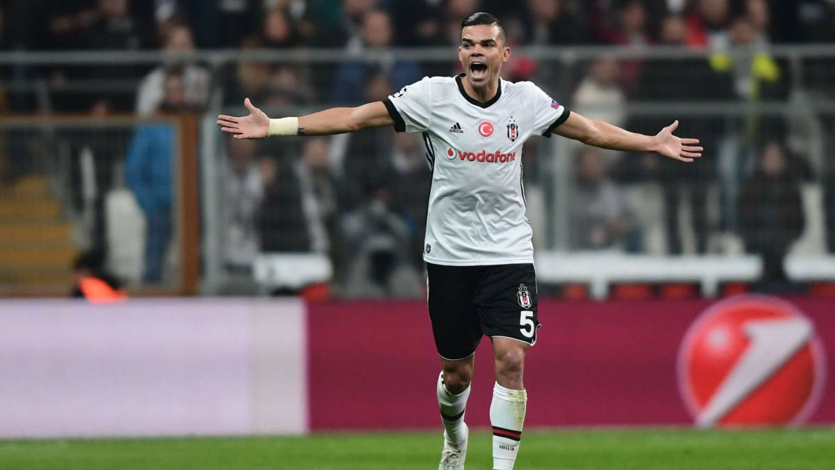 Pepe, defensa del Besiktas.