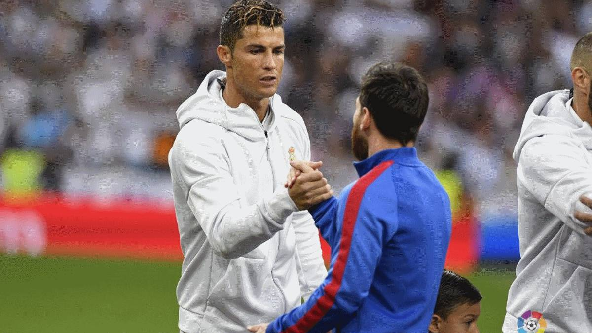 Real Madrid-Barcelona: LaLiga confirms 13:00 CET kick-off time for first El Clásico of season