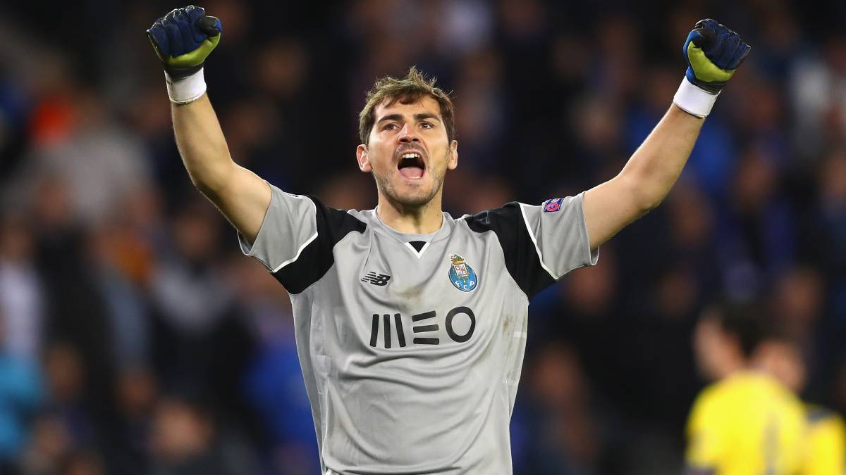 Casillas gana el 'Golden Foot'