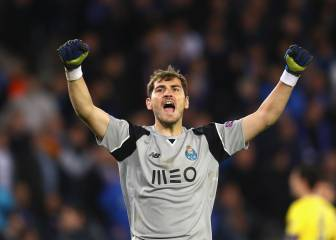 Porto's Iker Casillas wins 2017 Golden Foot Award