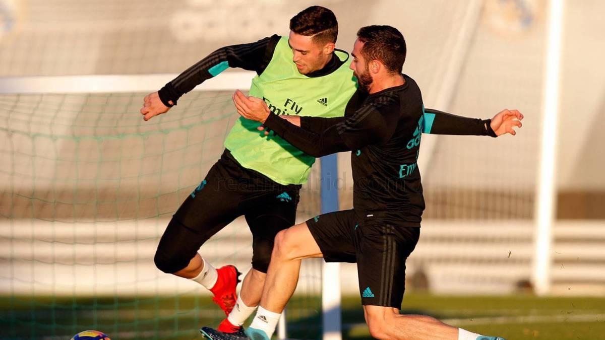 Carvajal, a tope. El madrileño, ayer, con Manu Hernando.