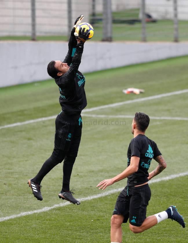 Keylor Navas, en el entrenamiento del Real Madrid.