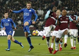 Sin Chicharito, West Ham y Leicester firman tablas